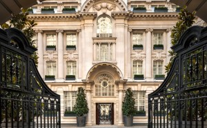 Courtyard at Rosewood London 960x598