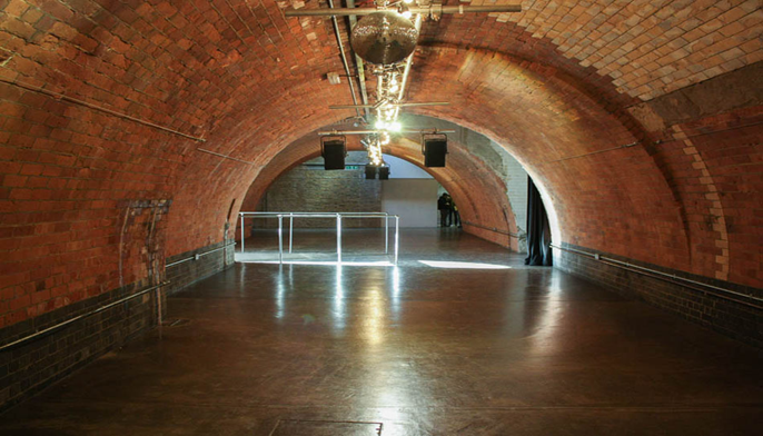 9 Adams Street A New Blank Canvas Space Located Just Off The Strand Designed By Robert This Venue Is Comprised Of 2 Large Arches And Has Been